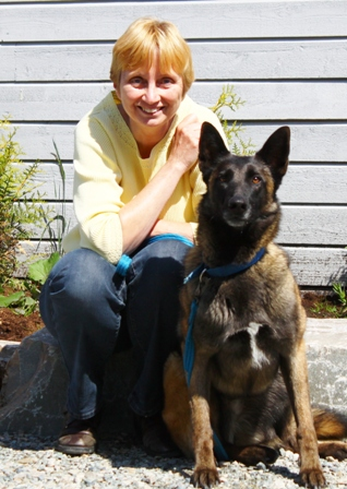 Interview to Dr. Adee Schoon by Animal Detection Consultancy